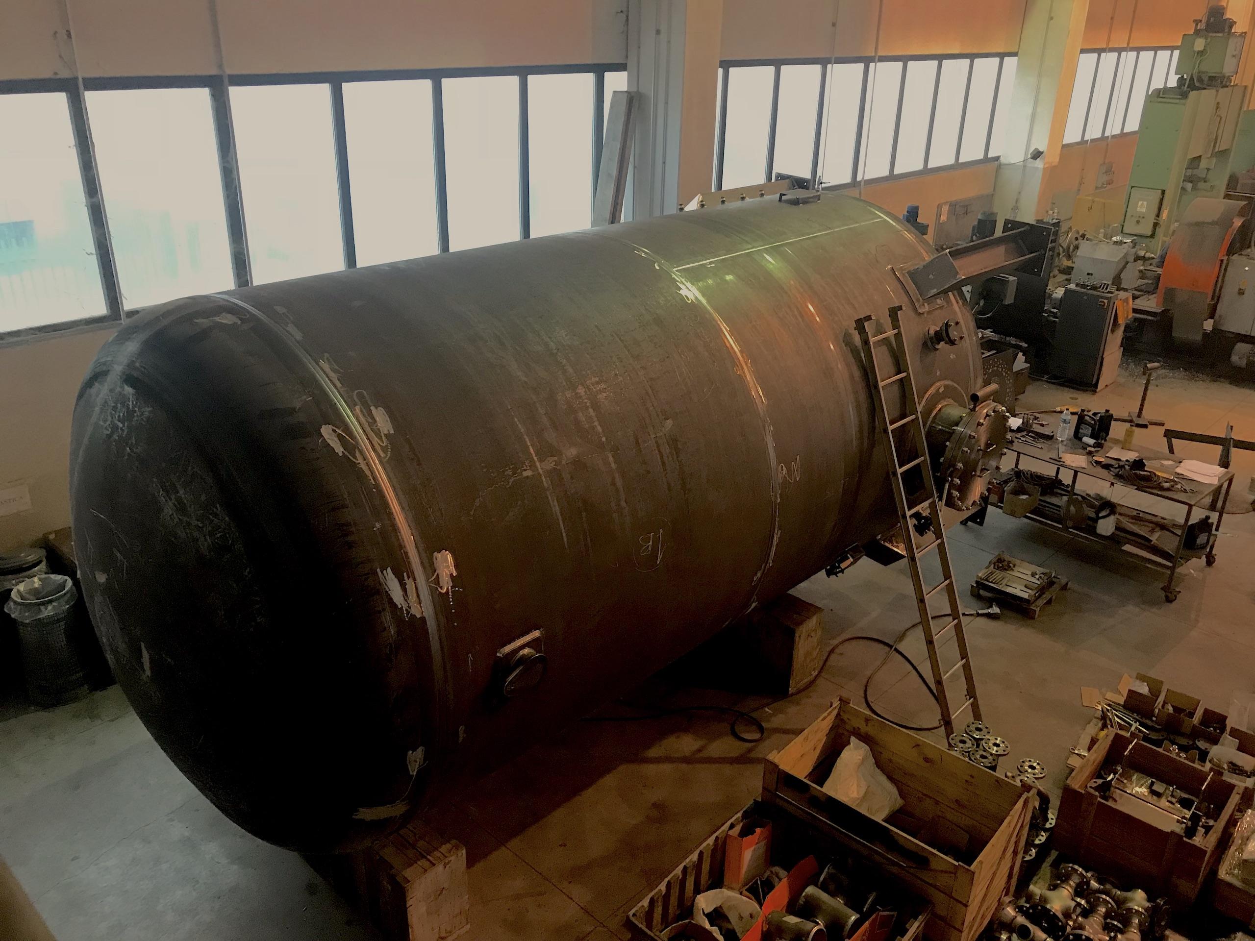 Nr 4 costruzione serbatoi diametro 3000mm lunghezza 7000mm ASME U STAMP......construction tanks diameter 3000mm length 7000mm ASME U STAMP